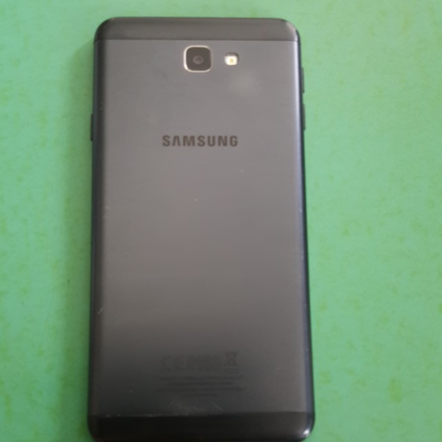 Samsung J7 Prime(Charger included)