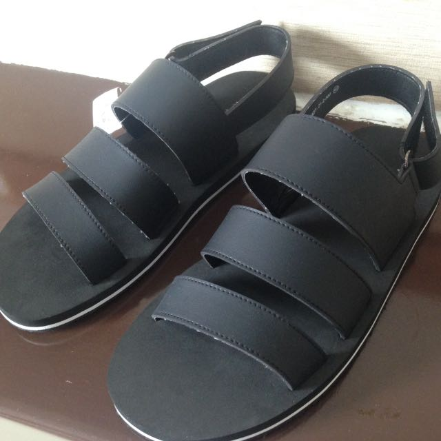Sandal Fladeo Men Sz 40 NEW