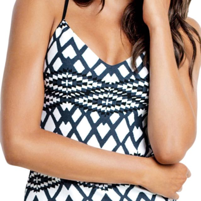 fa282dfe80 Seafolly Modern Tribe Singlet & Pants Size 14, Women's Fashion, Clothes on  Carousell