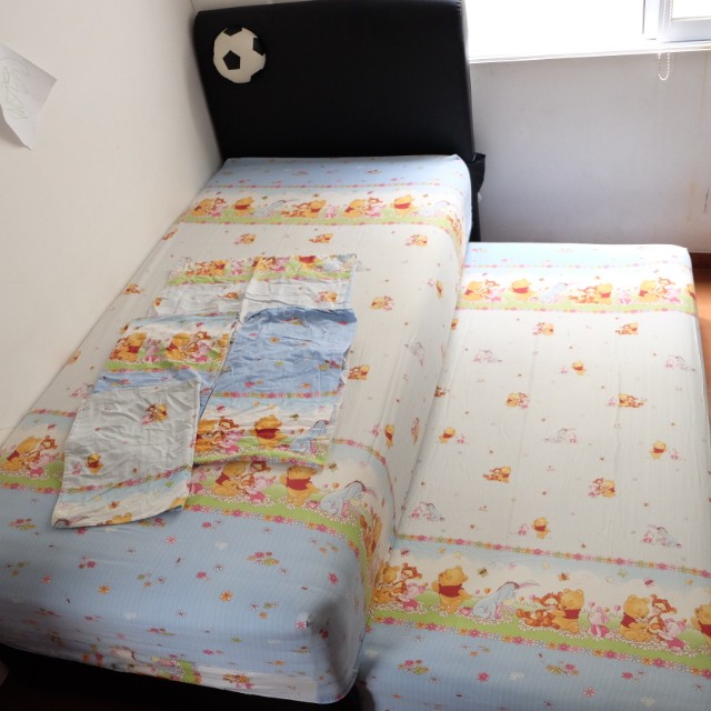 Single Bed 2 in 1 (Kasur Atas Bawah) Merk Comforta