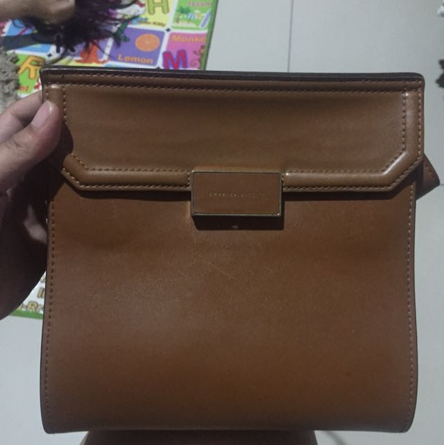 Tas Charles And Keith Authentic