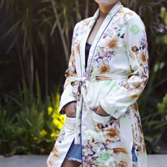 The alysa kimono print flower green