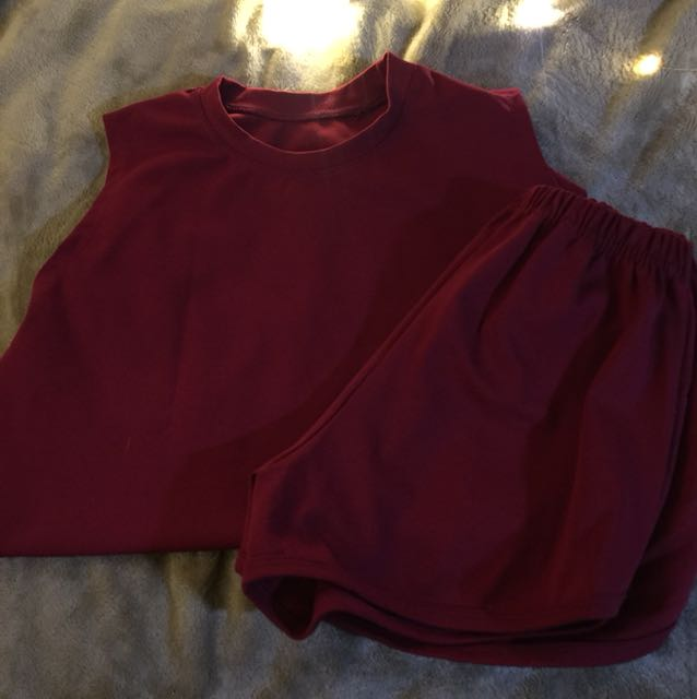 Turtle Neck Top w/ Shorts
