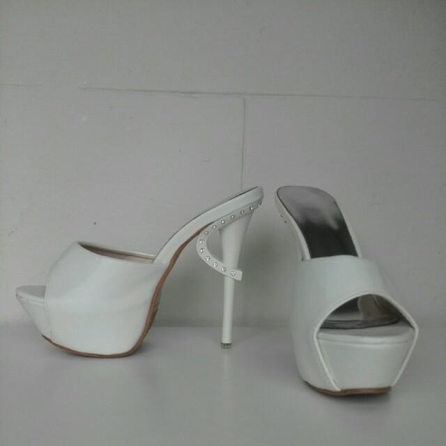 White sexy stilletos size 7
