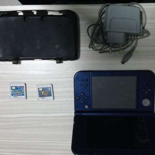 Nintendo 3DS XL with 2 Games