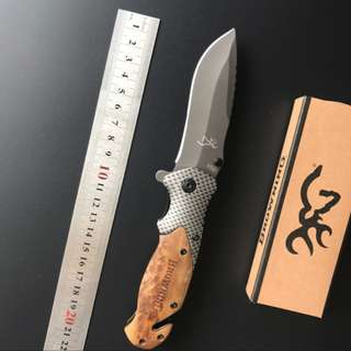 Browning Hunting flip knife with Wood Grip