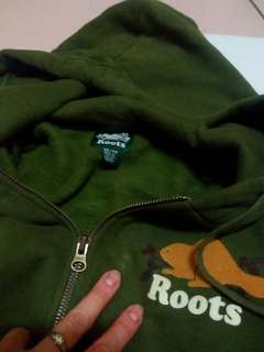 ROOTS枯葉綠刷毛外套