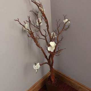 Decor Tree With Flowers
