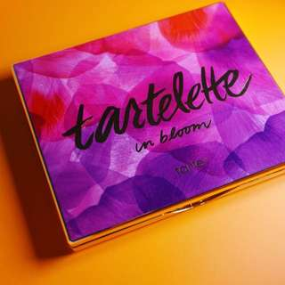 Tarte tartellet in bloom eyeshadow palette