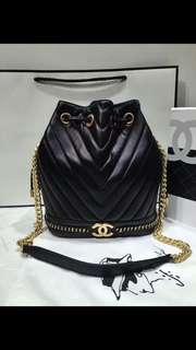 Chanel 💖新款牛皮金扣😍原單😉