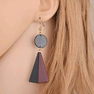 Simetris drop earings
