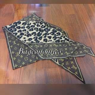 Authentic Louis Vuitton Escharp Monogram Leopard Scarf