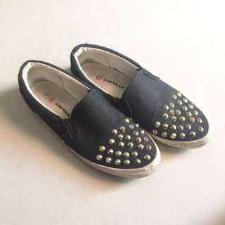 Airwalk Black Shoes With Studs