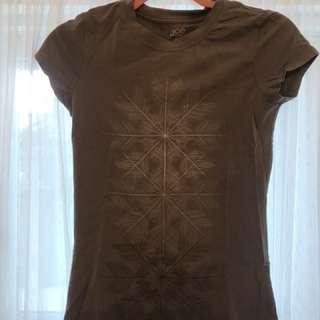 Nice layering t shirt