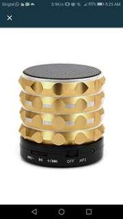 Mini Wireless Bluetooth Speaker Super Bass Loudspeakers Support TF Card