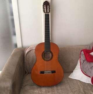 Valencia guitar nylon