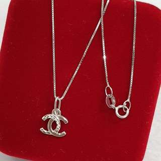 18K Saud White Gold necklace