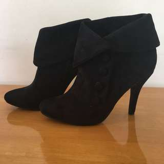 Verali Sator black suede ankle boots