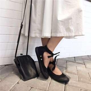 IOZ。日系簡約休閒圓頭平底帆布鞋娃娃鞋