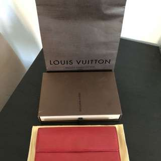 Authentic Louis Vuitton Epi Sarah wallet