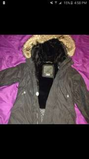 Aritiza TNA winter parka medium