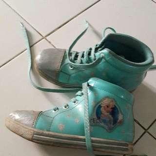 sepatu frozen anak size 31