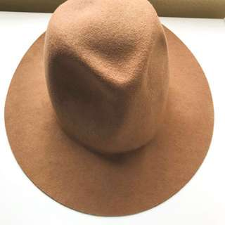 *REDUCED* Cute Vintage Light Brown Floppy Hat