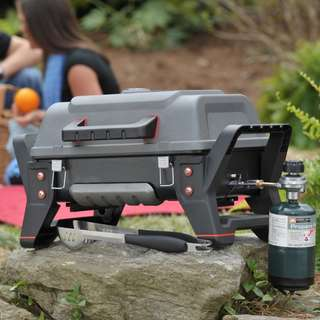 Char-Broil Portable Grill2Go X200 Gas Grill