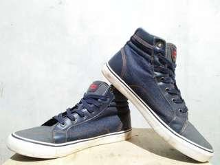 Levi's shoes (Authentic)
