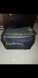Thermal bag to keep warm food