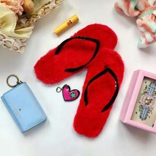 Furry Slippers Merah