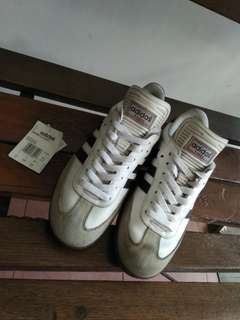 Adidas Samba Classic white size : 402/3 with Tag & Box (replaced box) condision : good