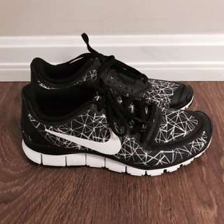 Brand NEW Nike running shoes