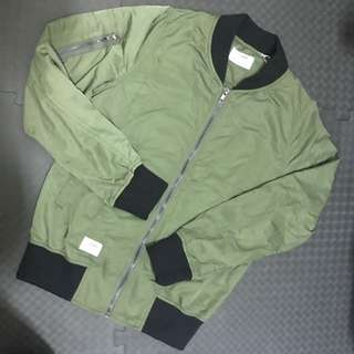軍綠CACO風衣外套
