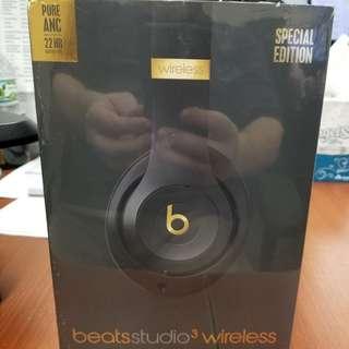 BRAND NEW! Special Edition wireless BEATS STUDIO3 headphones