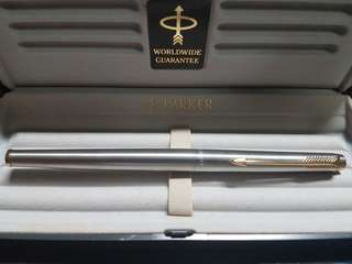Parker 180 Flighter Stainless Steel with gold trim fountain pen