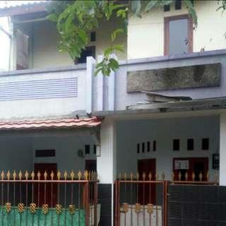 Rumah 2Lt Dijual