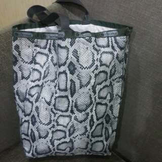 LeSportsac Authentic