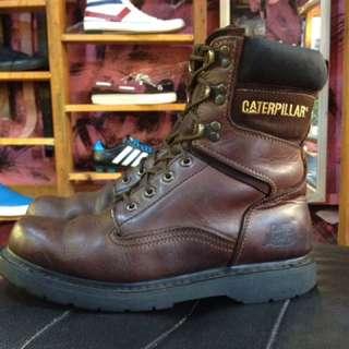 Boot caterpillar