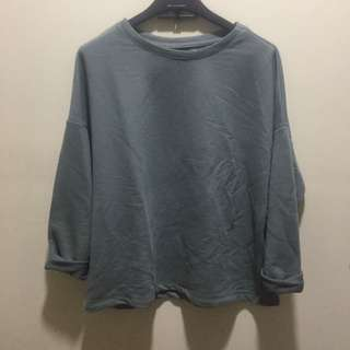 Pull and bear loose sweatshirt in pastel color