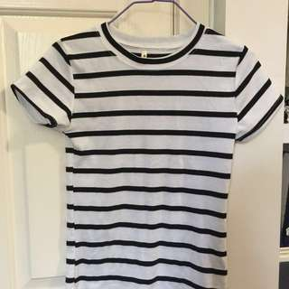 CLEARANCE Short sleeve striped tshirt