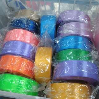 Ribbons clothes type . 15 yards per roll . 福 different price.