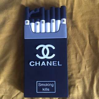 Black cigarette chanel