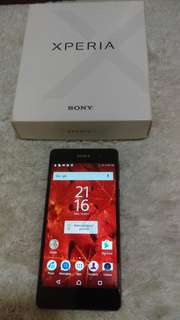SONY Xperia E5 original with box