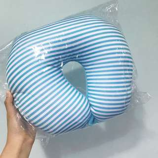 Travel head pillow