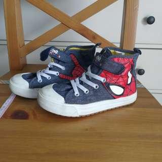 H&M spiderman shoe