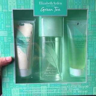 Elizabeth Arden Green Tea perfume set ~selling low