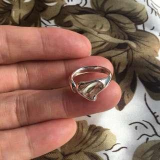 🚚 Tiffany戒指,愛心戒指,戒圍1.5-1.6之間品項優。