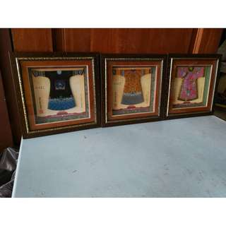 Dynasty Qing Classical Clothes and Ornament Art with Frame (W.30 x H.30 cm) * K63 B1