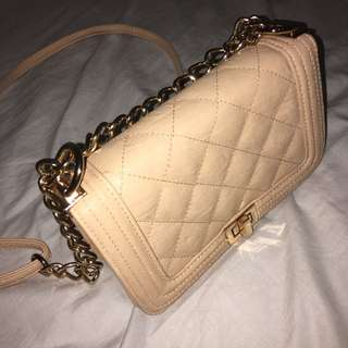Collete Clutch With Straps